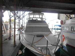 Used Bayliner 2985 Cruiser Boat For Sale