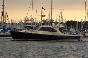 Used Hinckley Talaria 43 MY High Performance Boat For Sale