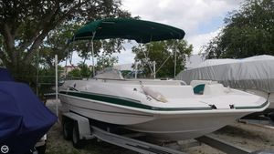 Used Hurricane FunDeck 201 Deck Boat For Sale