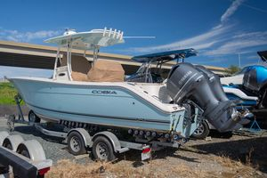 Used Cobia 277 CC277 CC Center Console Fishing Boat For Sale