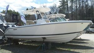 Used Pursuit C-260 Center Console Fishing Boat For Sale