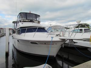 Used Carver 38 Aft Cabin Motor Yacht Motor Yacht For Sale