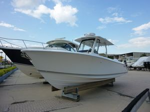New Pursuit S288 Center Console Fishing Boat For Sale