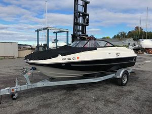 Used Bayliner 19' DB19' DB Deck Boat For Sale