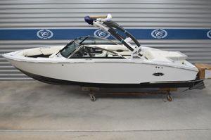 New Cobalt CS23 SurfCS23 Surf Ski and Wakeboard Boat For Sale