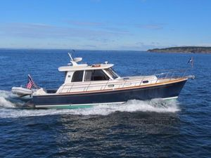 Used Grand Banks 39 Eastbay SX Express Cruiser Boat For Sale