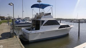 Used Pacemaker 32 Sedan Cruiser Boat For Sale