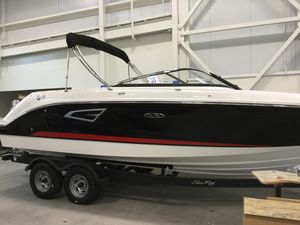 New Sea Ray 230 SLX230 SLX Bowrider Boat For Sale