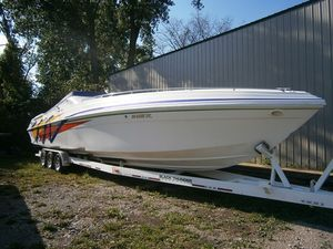 Used Black Thunder 430 SC Express Cruiser Boat For Sale