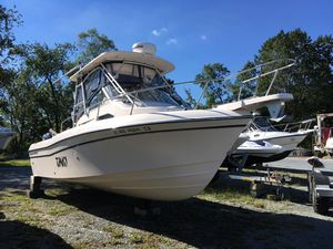 Used Grady-White Gulfstream 232 Cruiser Boat For Sale