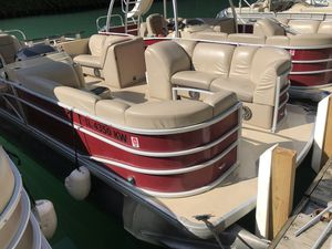 Used Sweetwater Swpe220wb3 Pontoon Boat For Sale