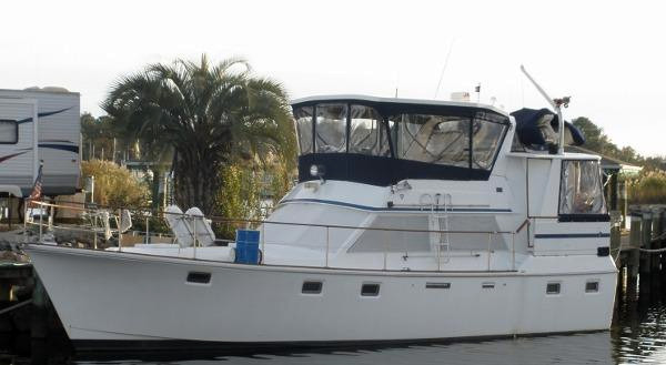 Used Bluewater Yachts Platinum Trawler Boat For Sale