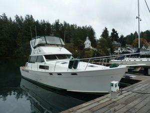 Used Bayliner 3818 Motoryacht Flybridge Boat For Sale