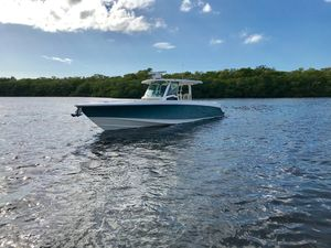 New Boston Whaler 380 Outrage Sports Fishing Boat For Sale