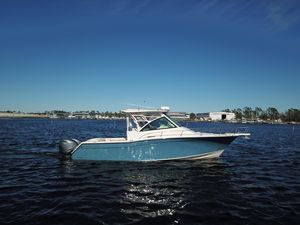New Grady-White Express 330 Sports Fishing Boat For Sale