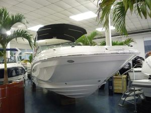 New Sea Ray SDX 250 Outboard Bowrider Boat For Sale