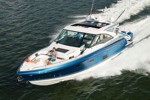 New Formula 430 All Sport Crossover Motor Yacht For Sale