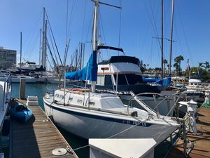 Used Ericson 32 Daysailer Sailboat For Sale