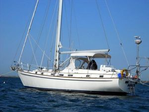 Used Pearson 422 Center Cockpit Cruiser Sailboat For Sale