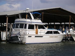 Used Uniflite Motor Yacht For Sale