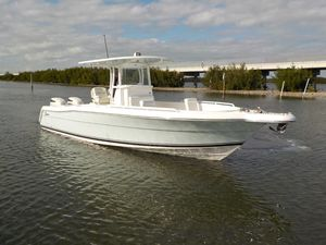 New Stamas Yacht 317 Tarpon Center Console Fishing Boat For Sale