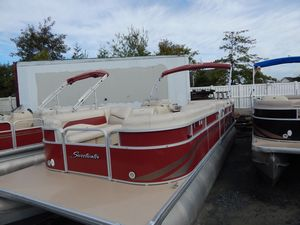 Used Sweetwater 24/86 ES Pontoon Boat For Sale