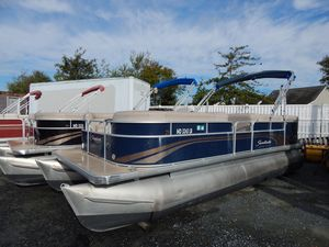 Used Sweetwater 22/86 ES Pontoon Boat For Sale