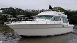 Used Sea Ray 355T Sedan Bridge Trawler Boat For Sale