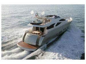 Used Evo Marine 76 Flybridge Boat For Sale
