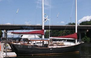 Used Freedom Yachts 40 Center Cockpit Racer and Cruiser Sailboat For Sale