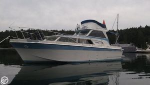 Used Uniflite 31 Sports Fishing Boat For Sale