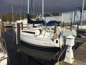 Used Beneteau First 26 Racer and Cruiser Sailboat For Sale