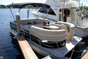 Used Bentley 20 Cruise Pontoon Boat For Sale