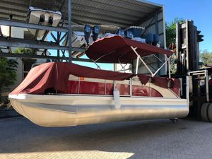 Used Bennington 21 Tritoon Pontoon Boat For Sale