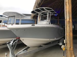 New Robalo 202 Explorer Center Console Fishing Boat For Sale