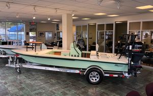 New Maverick Boat Co. 18 Hpx-v Center Console Fishing Boat For Sale