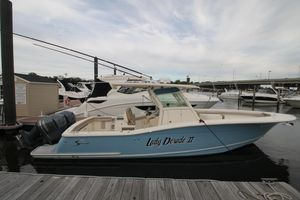 Used Scout 320 LXF Center Console Fishing Boat For Sale