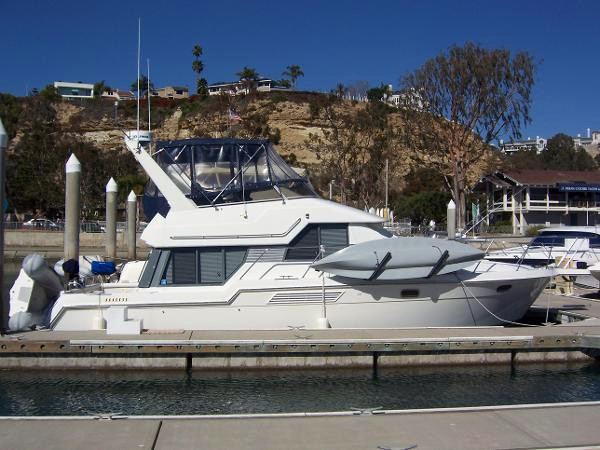 Used Carver 960 Motor Yacht For Sale