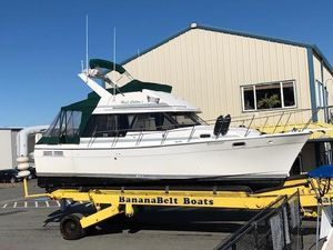 Used Bayliner 3288 Motoryacht Underhulls Motor Yacht For Sale