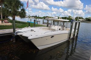 Used World Cat 330 TE Tournament Express Center Console Fishing Boat For Sale