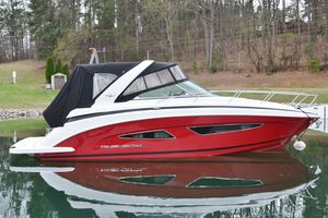 Used Regal 32 Express With Twin V-8 300 HP Express Cruiser Boat For Sale