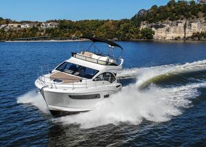 Used Sea Ray 400 Fly Motor Yacht For Sale