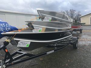 New Lund WC-16 Pontoon Boat For Sale