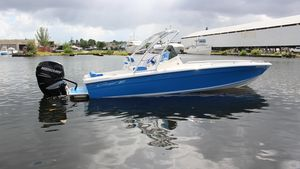 Used Concept 27 PR Open Fish27 PR Open Fish Center Console Fishing Boat For Sale