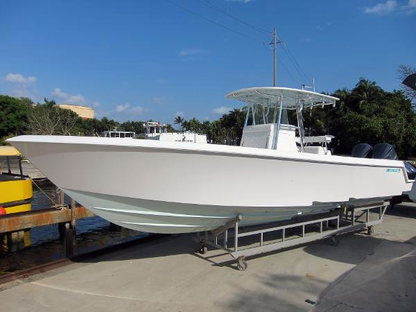 Used Contender 35 St Center Console Boat For Sale