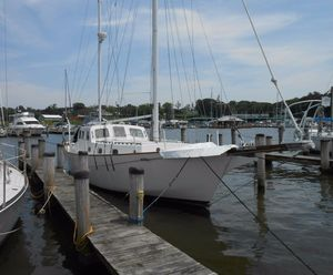 Used Newport 40 Pilothouse Sailboat For Sale