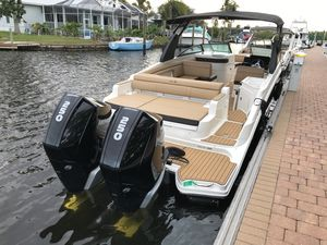 New Sea Ray SDX 290 Outboard Bowrider Boat For Sale