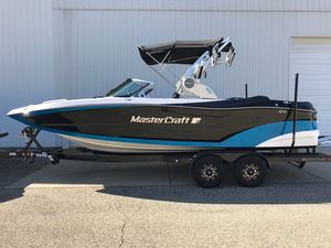 New Mastercraft XT22XT22 Ski and Wakeboard Boat For Sale