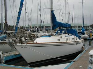 Used Pearson SL Cruiser Sailboat For Sale