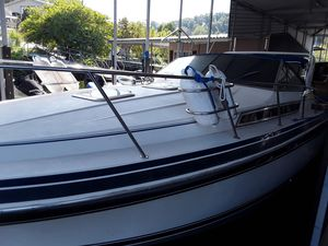 Used Wellcraft ST Tropez 3200 Express Cruiser Boat For Sale